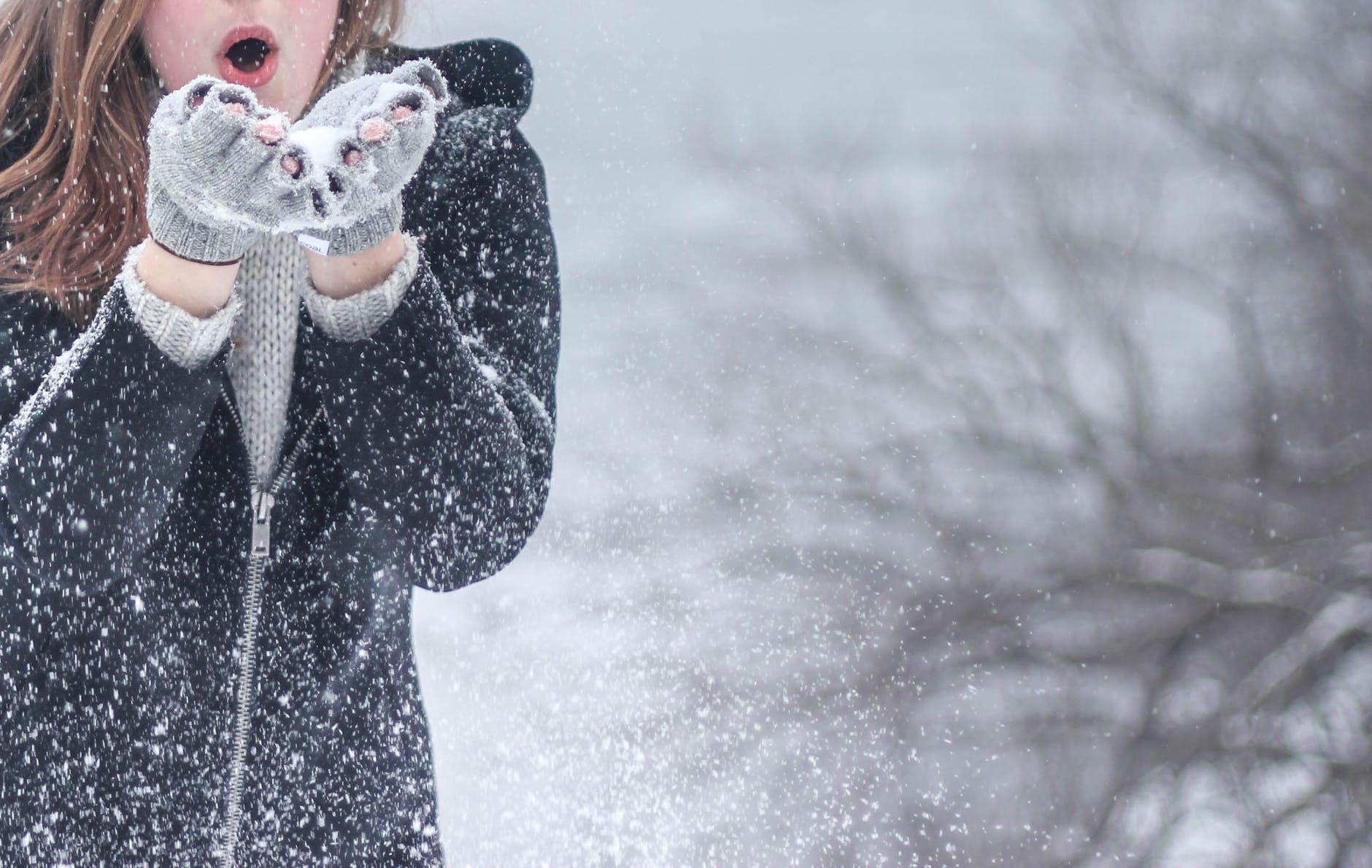 Ce boli poate declanșa vremea rece?
