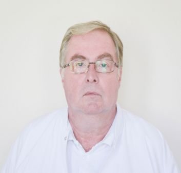 Dr. Strempel Costin